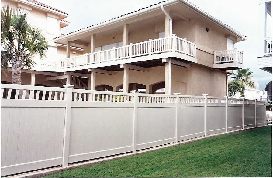White Picket Vinyl Fence