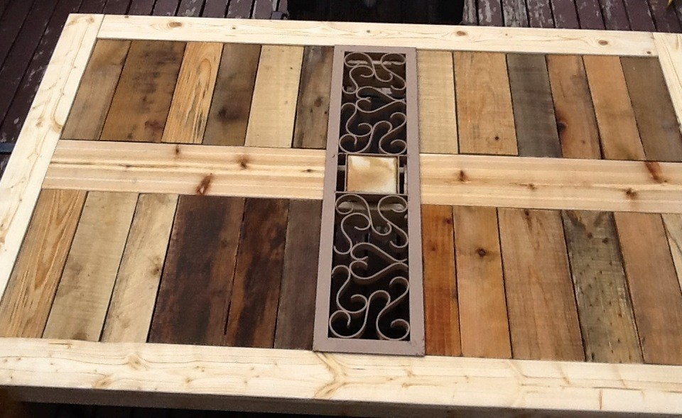 Pallet Patio Furniture for your Backyard