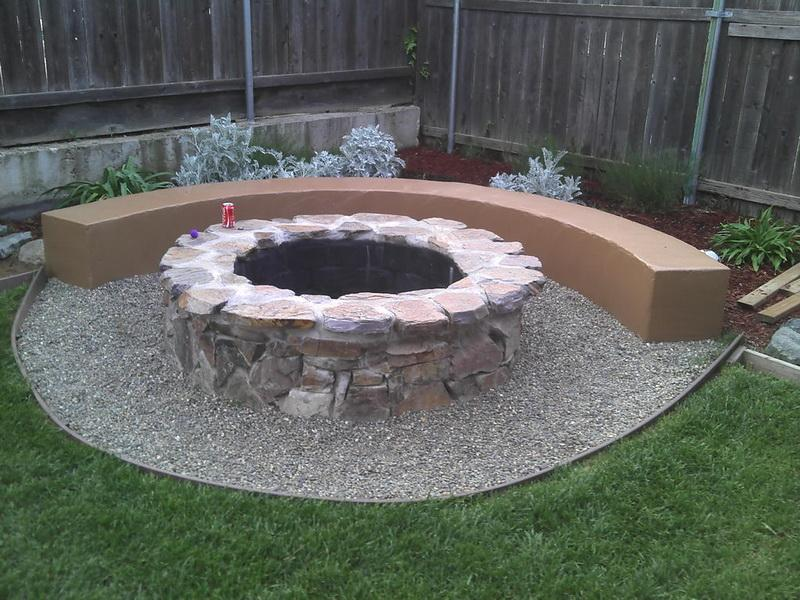 Backyard Fire Pit Plans : How To Make A Backyard Fire Pit Pictures to pin on Pinterest