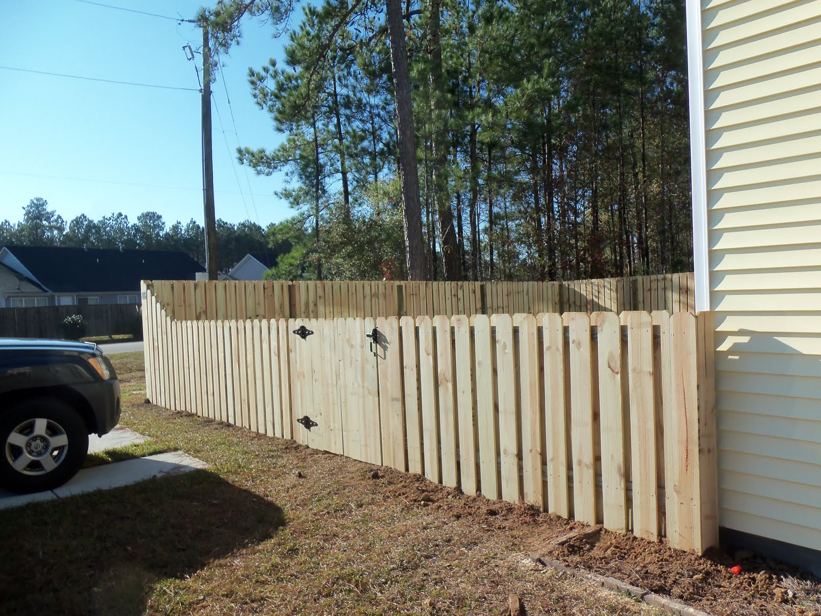 Choosing a Shadow Box Fence for your Yard