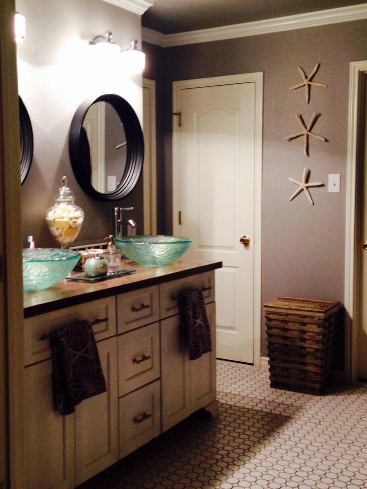 Helpful tips for bathroom remodels a creative mom for Average cost for small bathroom remodel