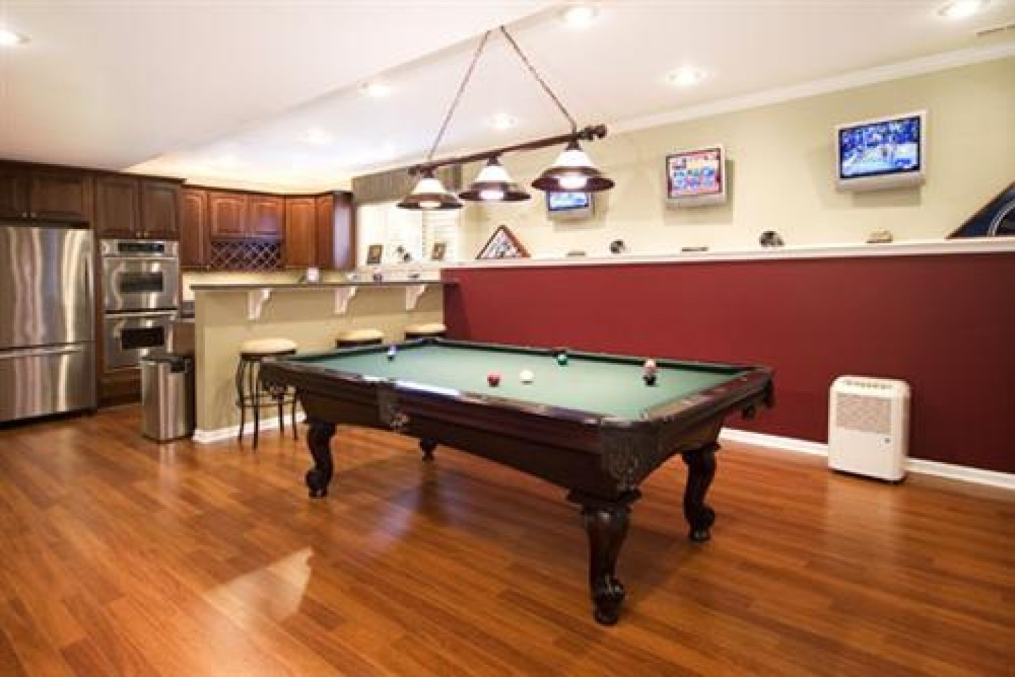 Cool basement bar ideas