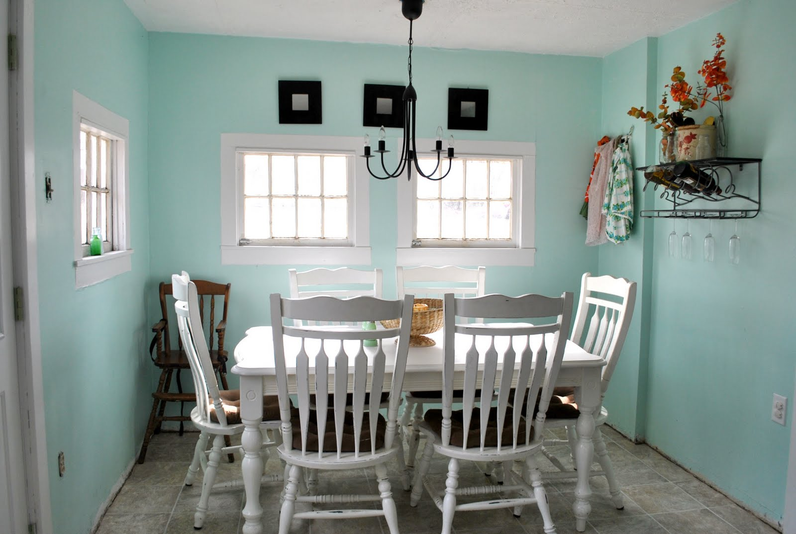 Easy Ideas for a DIY Dining Room Table