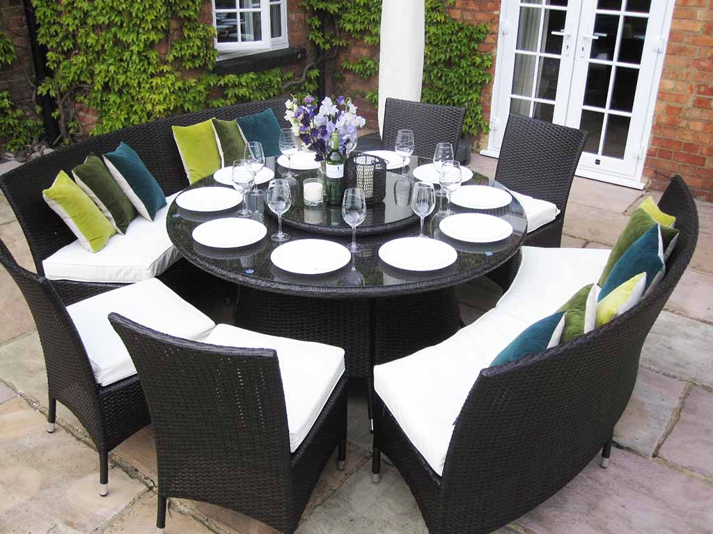 Round dining room tables for 10