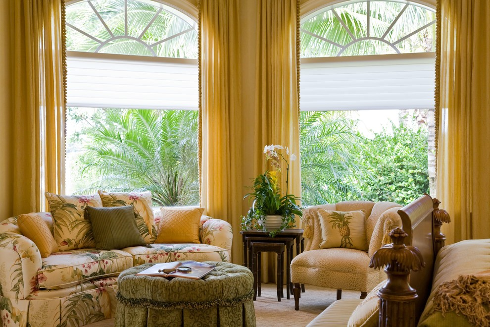 Have Fun in the Sun With These Tropical Home Décor Ideas