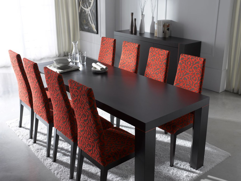 Dining room table with chairs 1024x766