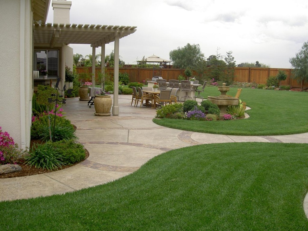 Simple front yard landscaping ideas 1024x768