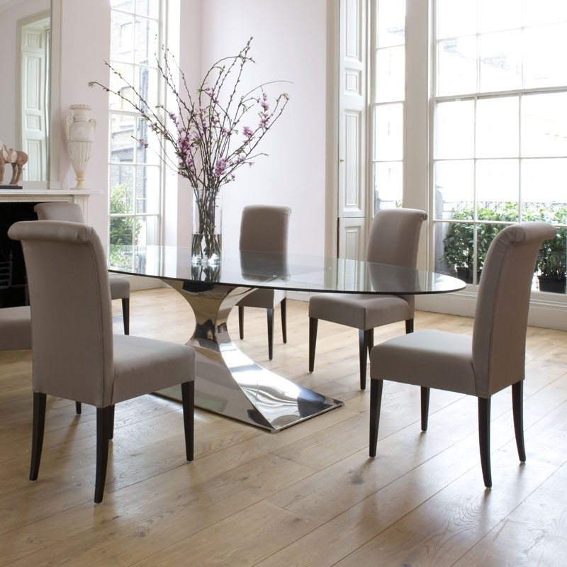 The Benefits of Upholstered Dining Chairs