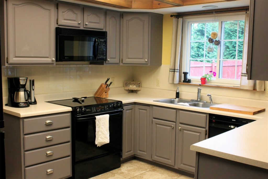 Refacing Kitchen Cabinets1