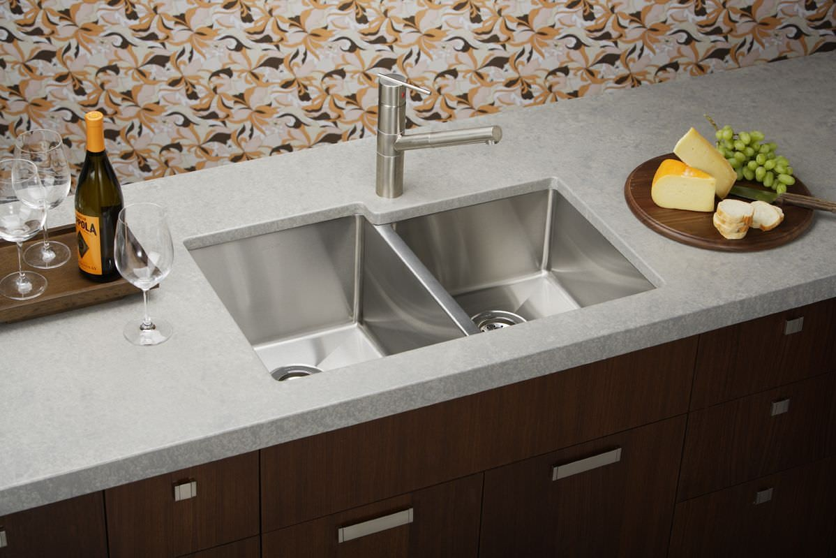 The Benefits of an Undermount Kitchen Sink