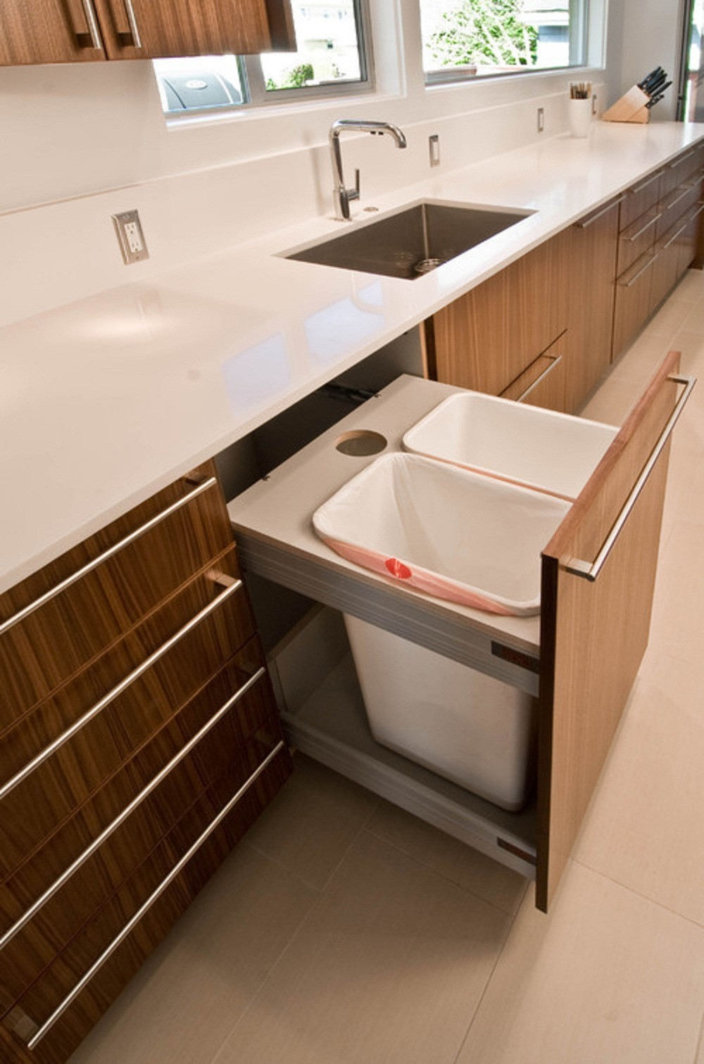 Clean and Stylish Kitchen Garbage Cans