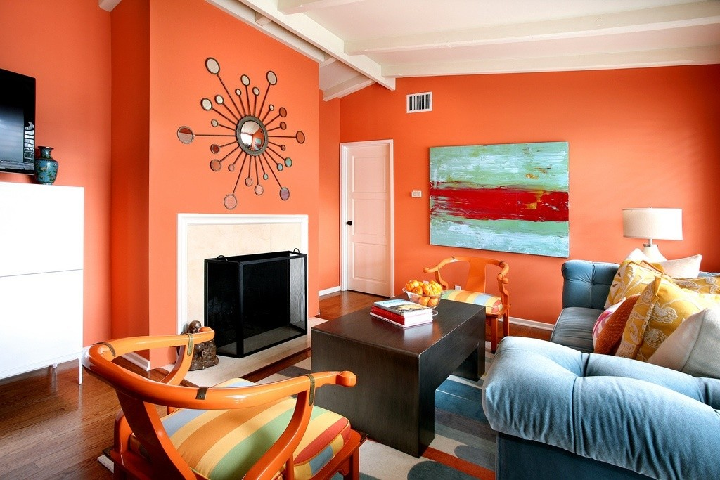 15 Orange Home Decor Ideas To Brighten Up Your A