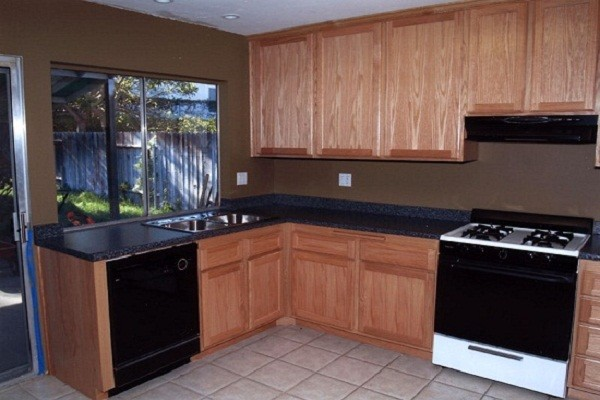 kitchen-cabinets-refacing-cost