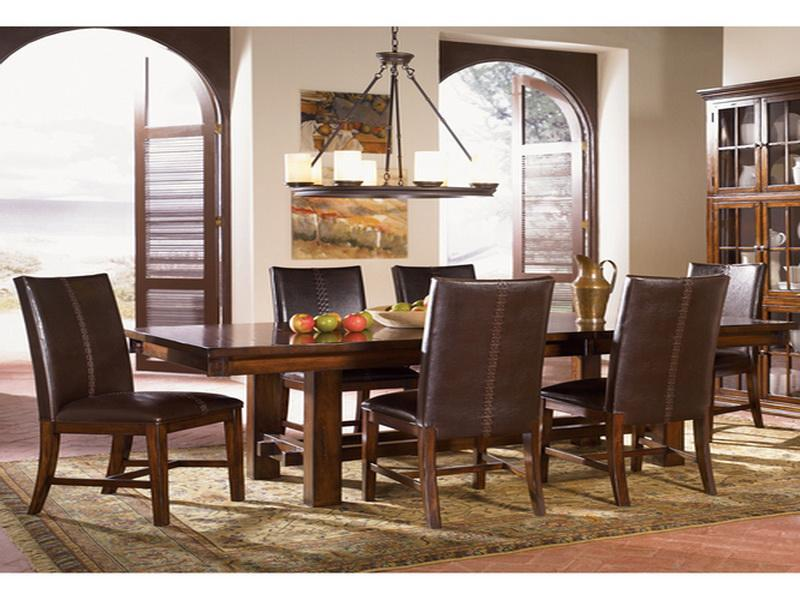Expandable Farmhouse Dining Table