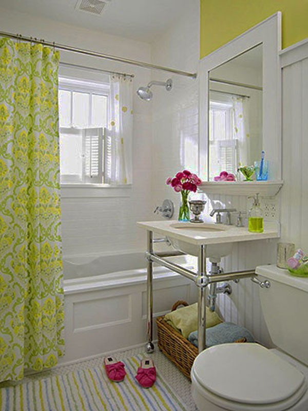 Ideas For A Small Bathroom Makeover