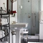 Inexpensive Bathroom Makeovers