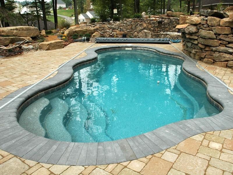 Fiberglass Swimming Pool Repair