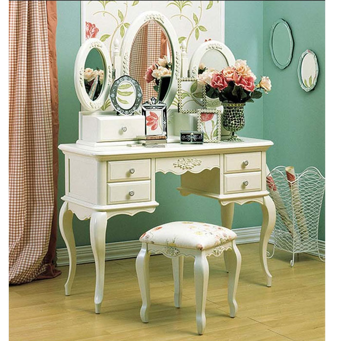 French Provincial Dressing Table