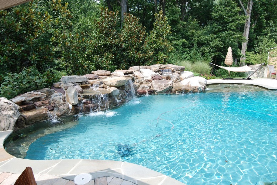 Great Tips for Swimming Pool Designs
