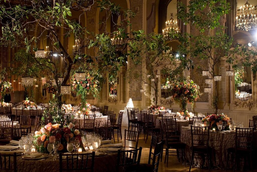 Beautiful Backyard Weddings