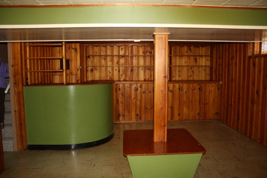 Painting Wood Paneling Walls