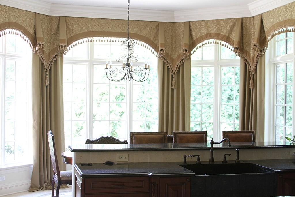 Bay Window Curtain Rod Set