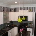 kitchen island pendant light height