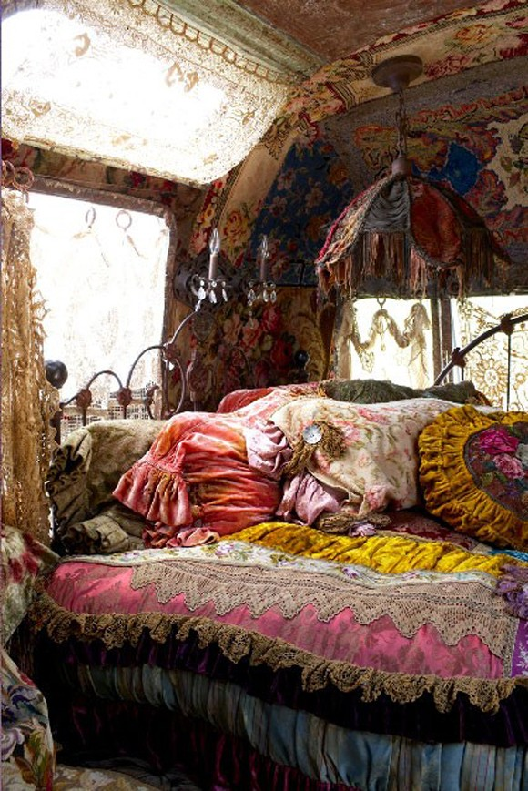 20 Artistic Bohemian Home Decor Ideas