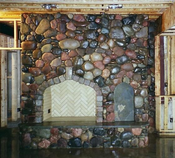 Gas fireplace lava rocks