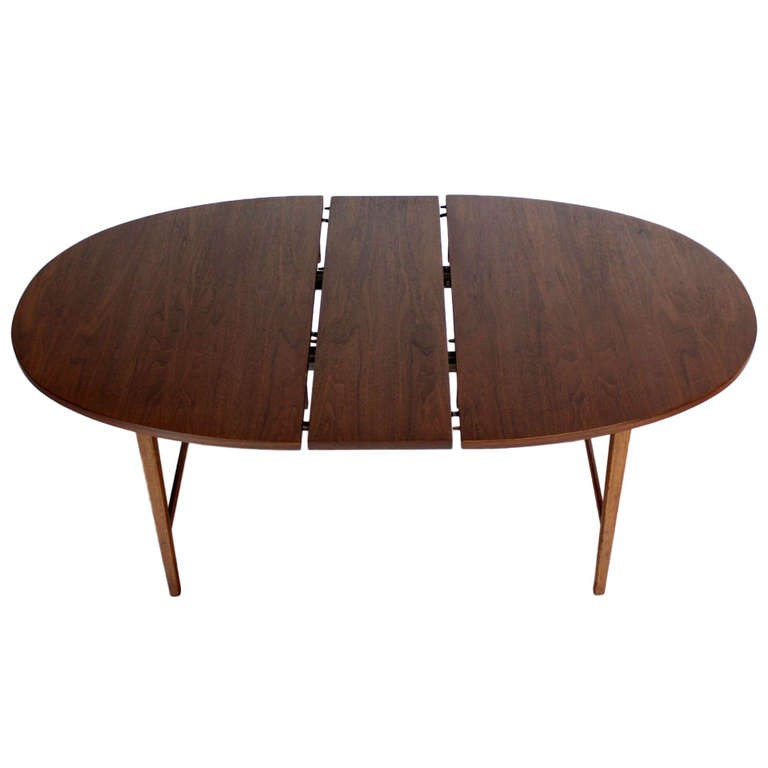 Tao walnut dining table