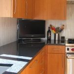 black-granite-tile-countertop