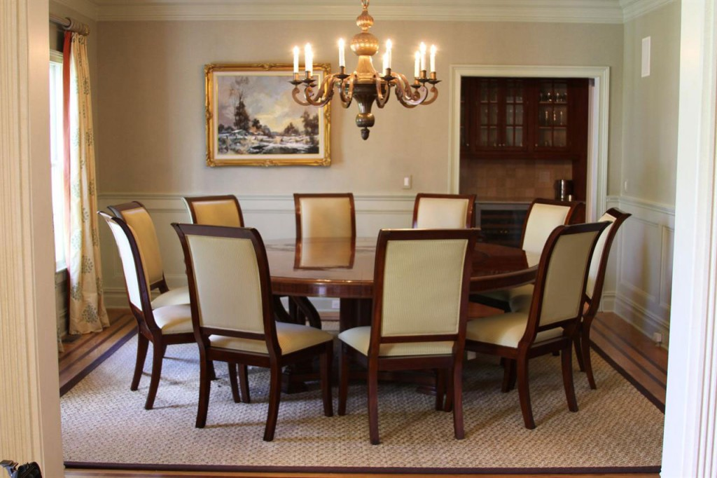 A Comprehensive Dining Room Table and Chairs Buying Guide