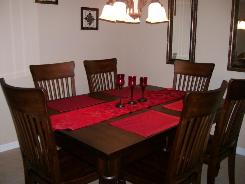 Dining room table protector pads