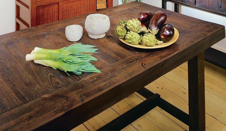 Narrow dining tables ideas