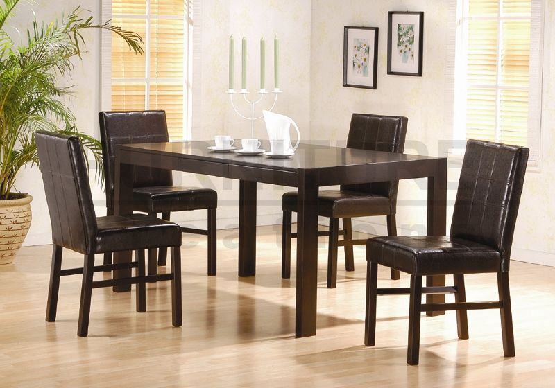 Oak dining room table and chairs1