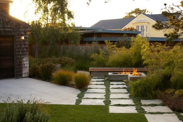 Simple backyard landscape ideas