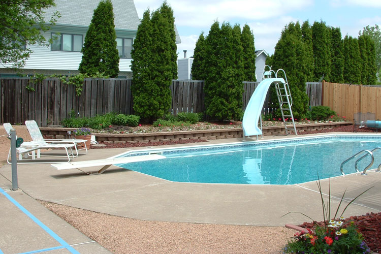 Swimming Pool Landscaping Ideas A Creative Mom