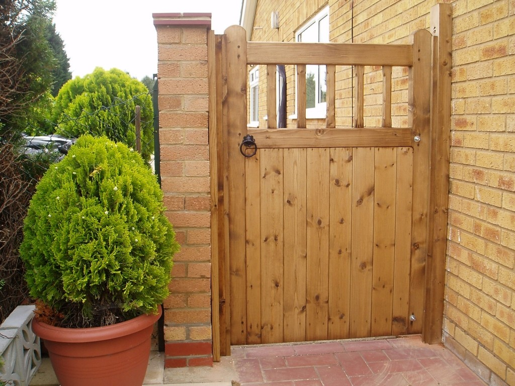 Wooden garden gates designs