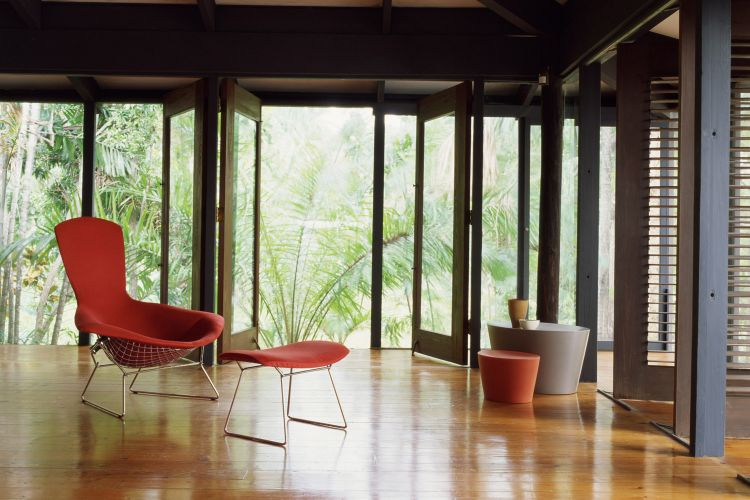 How to Find an Original Bertoia Chair