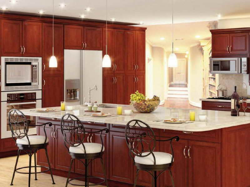 Beautiful and Livable Thomasville Kitchen Cabinets