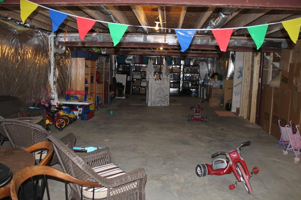 Image of: Cheap Unfinished Basement Ideas A Creative Mom