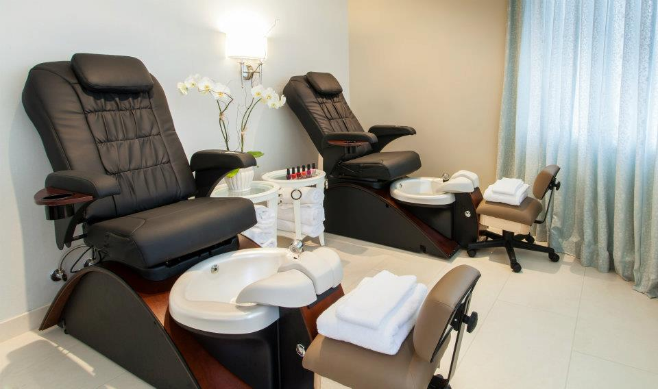 Important Tips For Pedicure Chairs