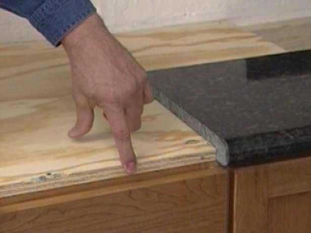 How to install granite countertops in kitchen