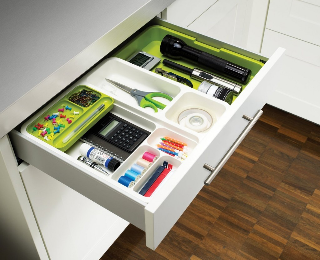 Be More Efficient with a Kitchen Drawer Organizer