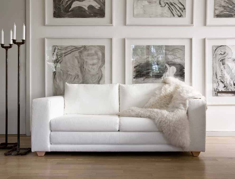 Classic Sofa Designs | A Creative Mom