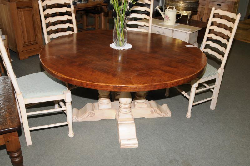 Round farmhouse kitchen table