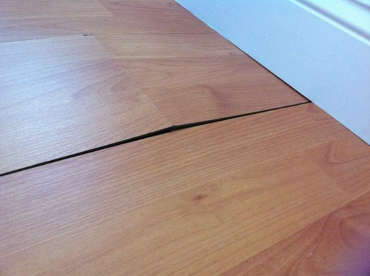 Cheap laminate flooring home depot