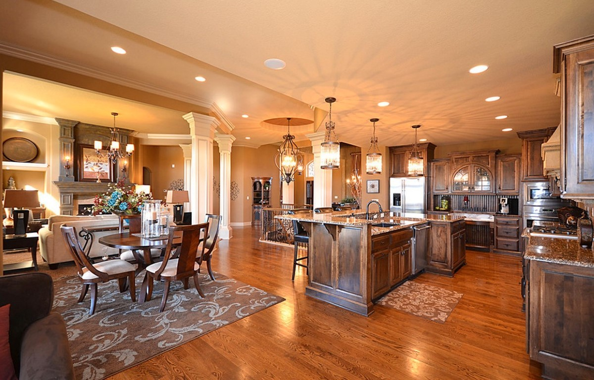 Laminate flooring for kitchen and dining room