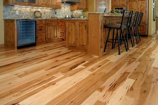 Oak effect laminate flooring for kitchen